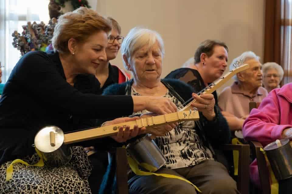 Crowdfunding voor nieuw Grijze Koppen Orkest instrument geslaagd!
